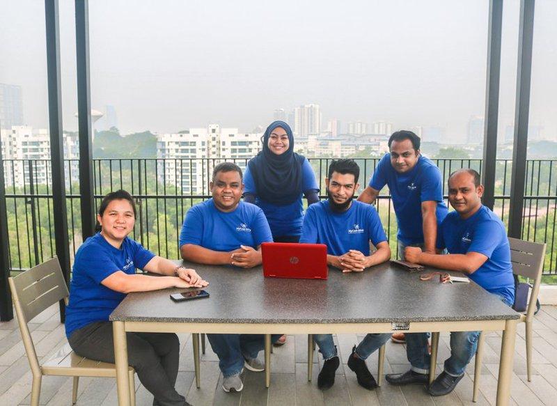 MyCash Online team